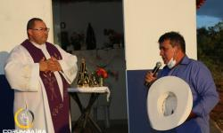 Missa em homenagem a um ano de construção da Capela de Nossa Senhora Aparecida na Serra da Galga