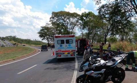 Jovem Thayse Neves que sofreu acidente na BR - 050 está em estado grave