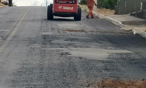 GOINFRA Faz operação tapa buracos em GO 139 Município de Corumbaíba