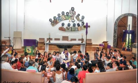 Missa de abertura para a Catequese 2017 da Igreja Católica de Corumbaíba