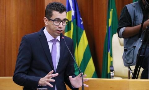 RE cassa mandato do deputado estadual Vinicius Cirqueira