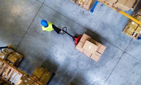 Terceirização logística é ideal para reduzir custos e otimizar processos