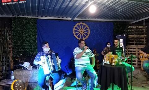 """Buru e Luciano mais amigos fizeram a live """"ENTRE AMIGOS CONTRA O COVID – 19"""
