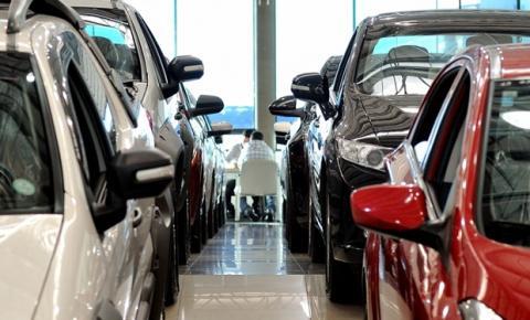 Pandemia leva clientes a comprarem carros pela Internet