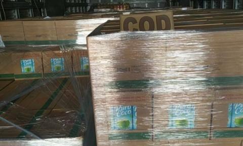 Polícia apreende carga irregular de suco e água de coco em Corumbaíba
