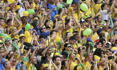 Governador de Goiás decreta ponto facultativo nos dias de jogos do Brasil