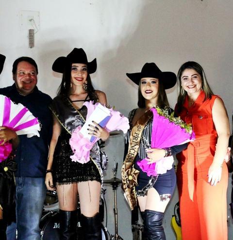 Corumbaíba conhece a Rainha e as  Princesas da 26ª Festa do Peão